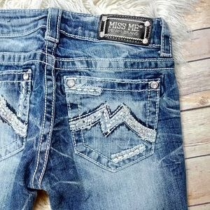 Buckle   Miss Me Distressed Straight Cuffed Jeans